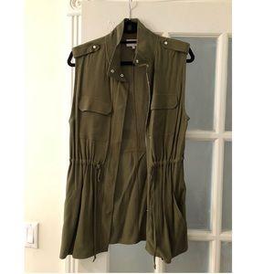1.State Zip Front Patch Pocket Vest